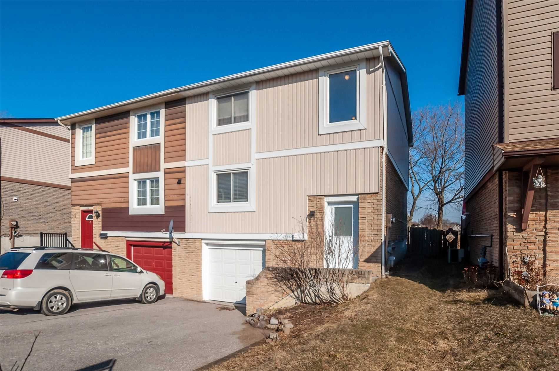 pictures of house for sale MLS: E4729254 located at 1334 Brands Crt, Pickering L1V2V4
