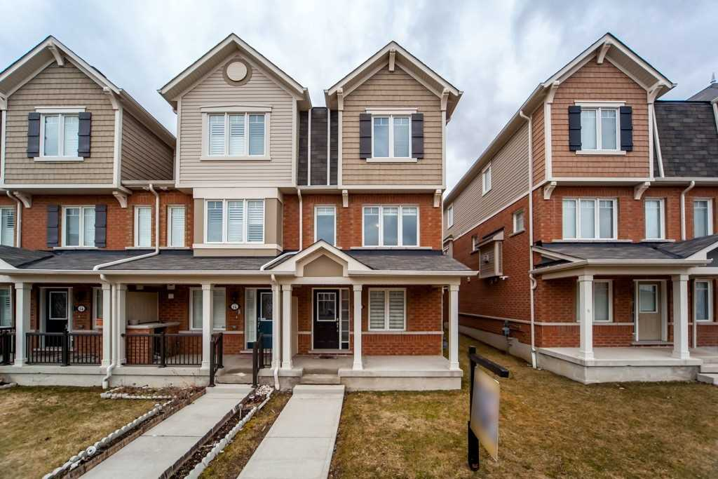 pictures of house for sale MLS: E4730523 located at 1725 Pure Springs Blvd, Pickering L1X0C4
