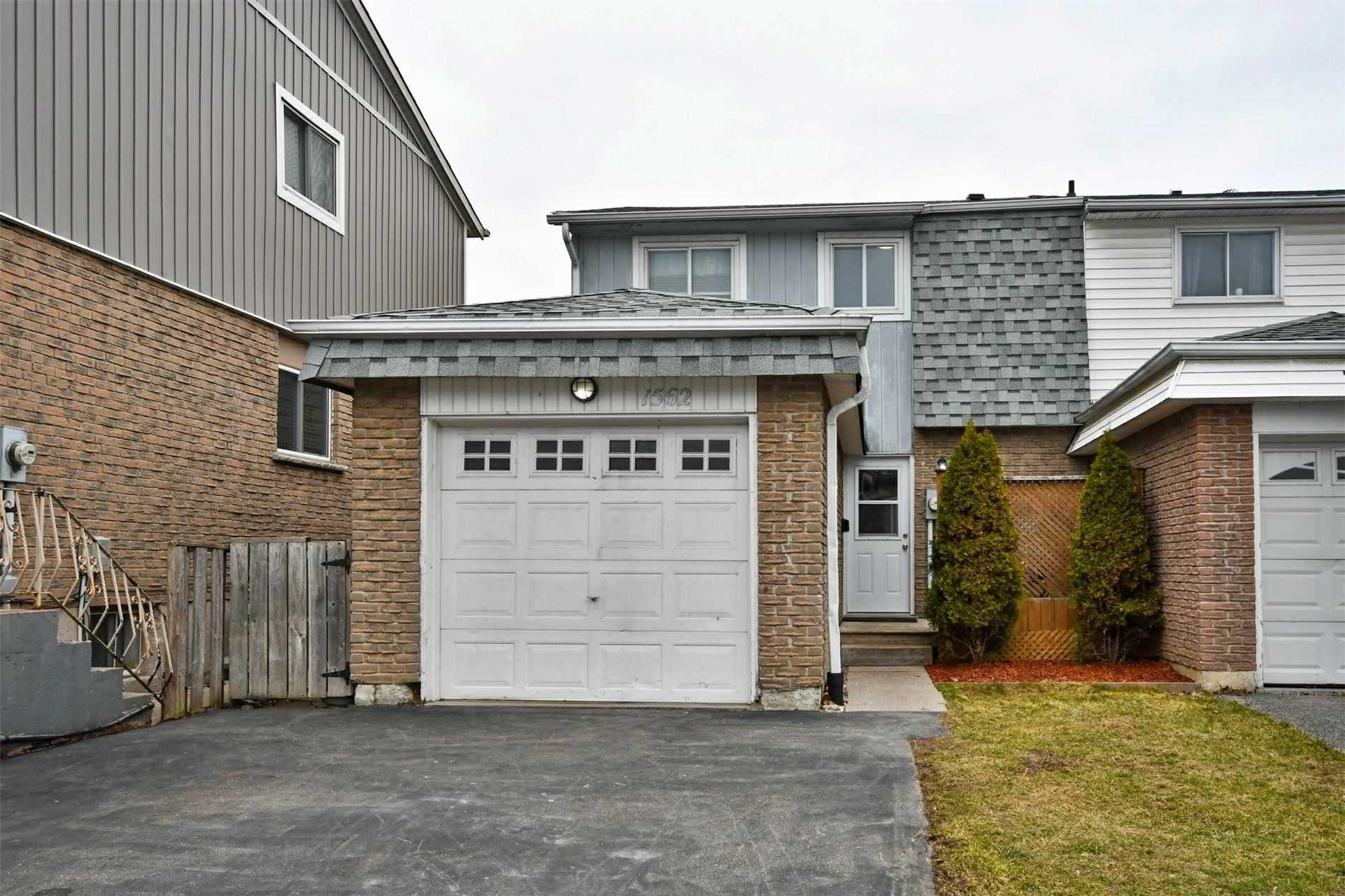pictures of house for sale MLS: E4731933 located at 1562 Alwin Circ, Pickering L1V2W2