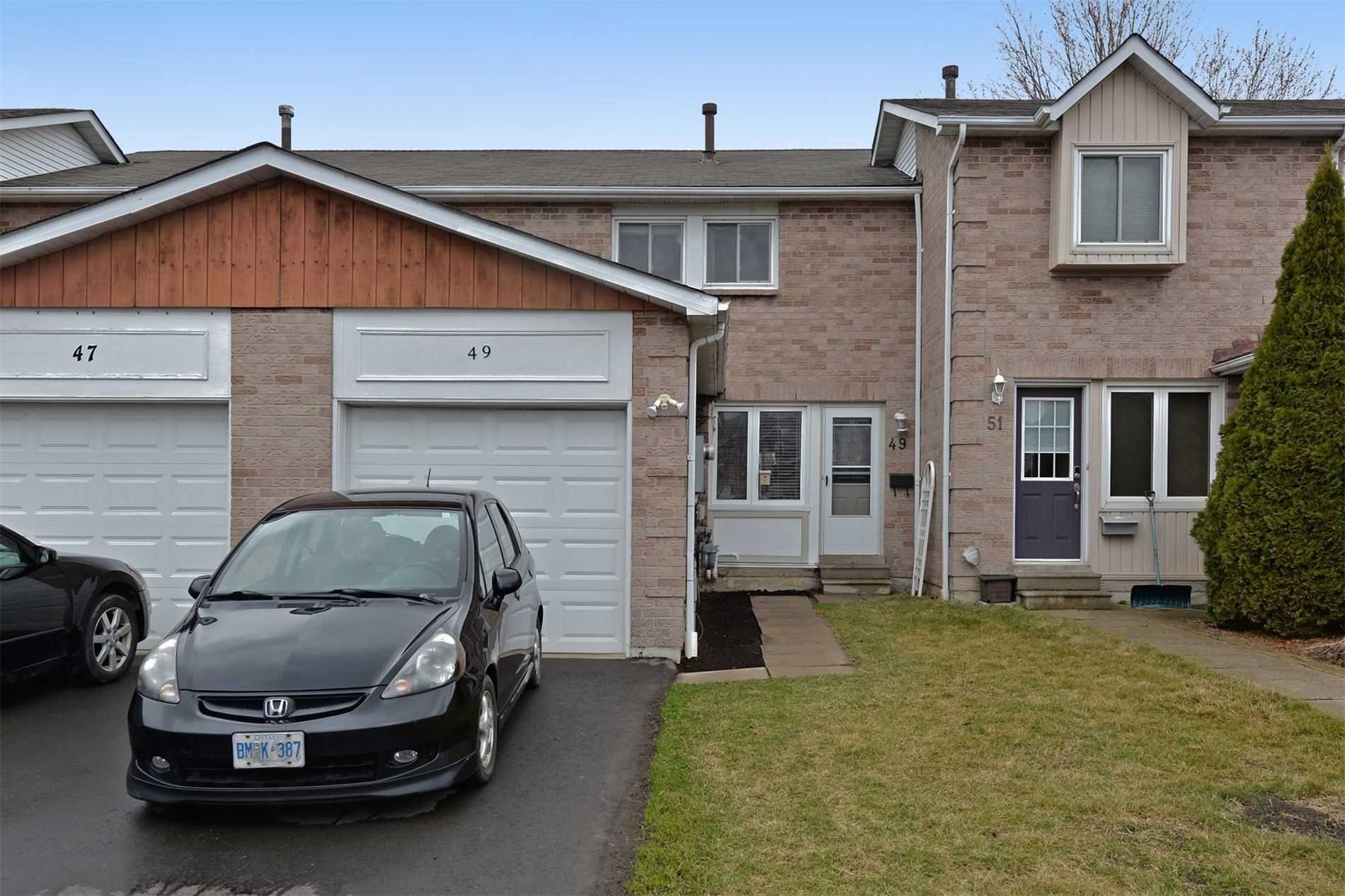 pictures of house for sale MLS: E4734485 located at 49 Tams Dr, Ajax L1Z1A3