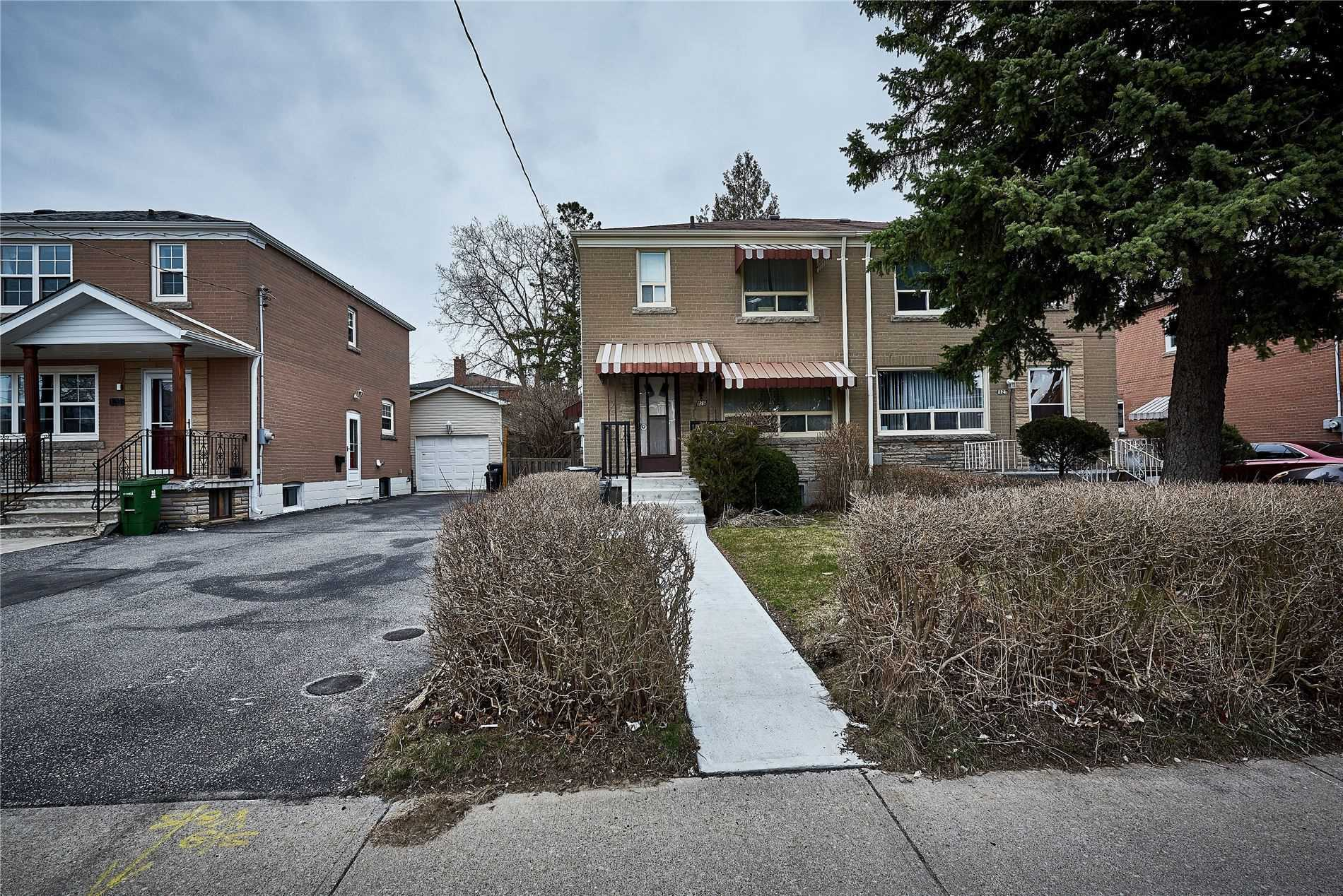 pictures of house for sale MLS: E4737998 located at 129 Laurel Ave, Toronto M1K3J8