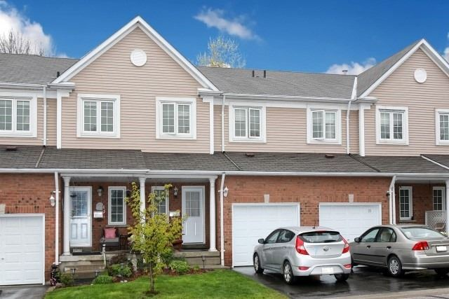 pictures of 10 Bassett Blvd S, Whitby L1N9C3