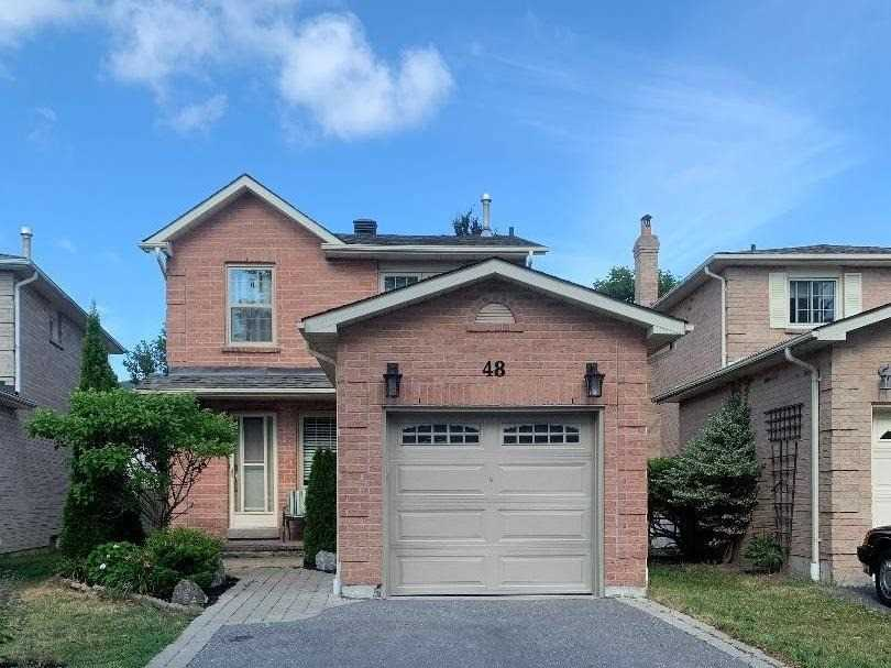 pictures of house for sale MLS: E4839487 located at 48 Ventris Dr, Ajax L1T1T8