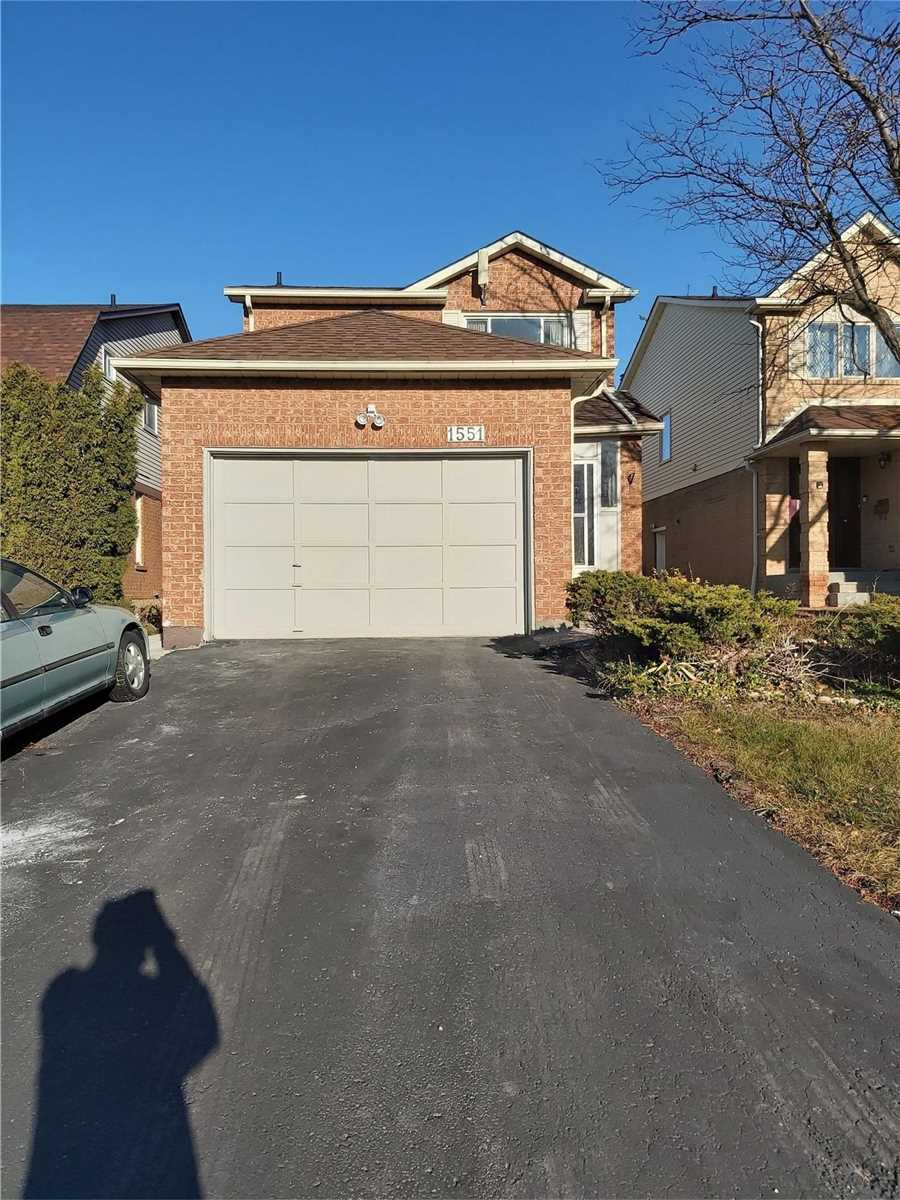 pictures of 1551 Woodruff Cres, Pickering L1V3S5
