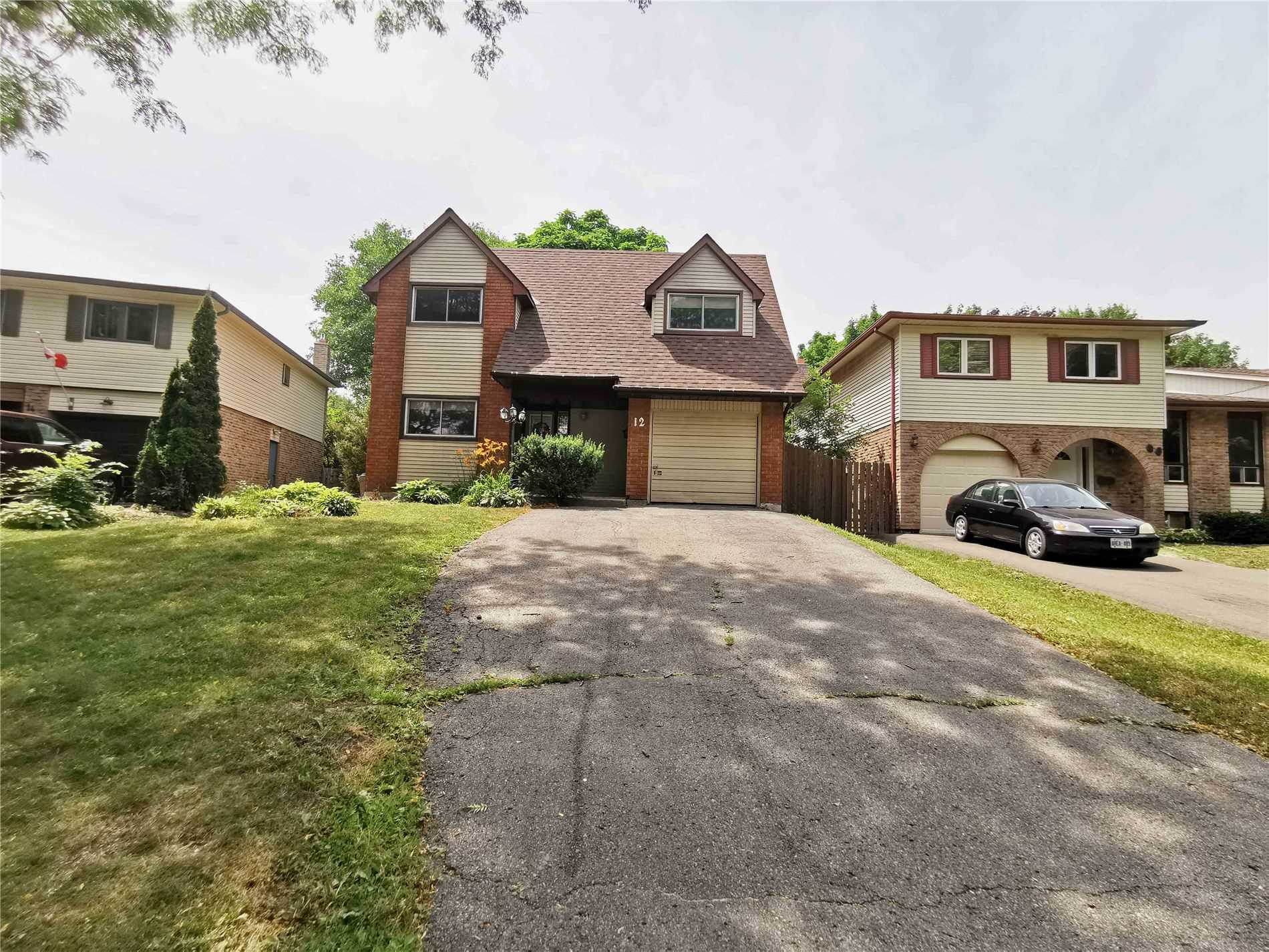 pictures of 12 Jacob Dr, Whitby L1P1B1