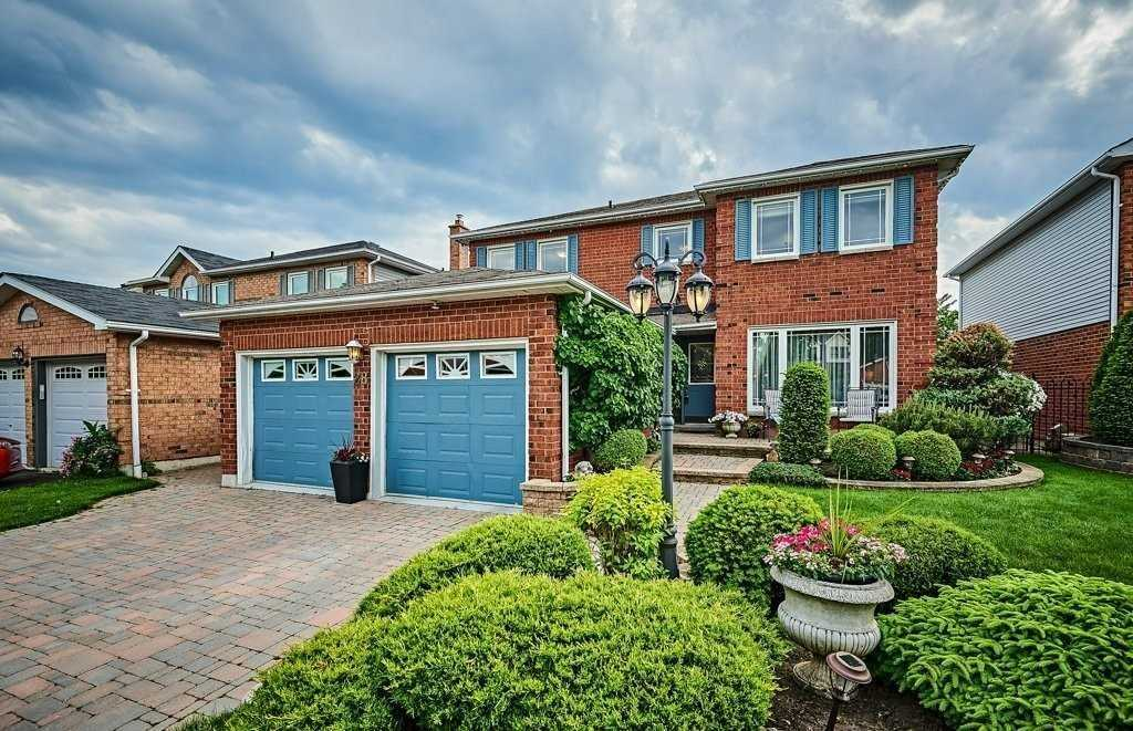 pictures of 28 Catherine Dr, Whitby L1R1L7