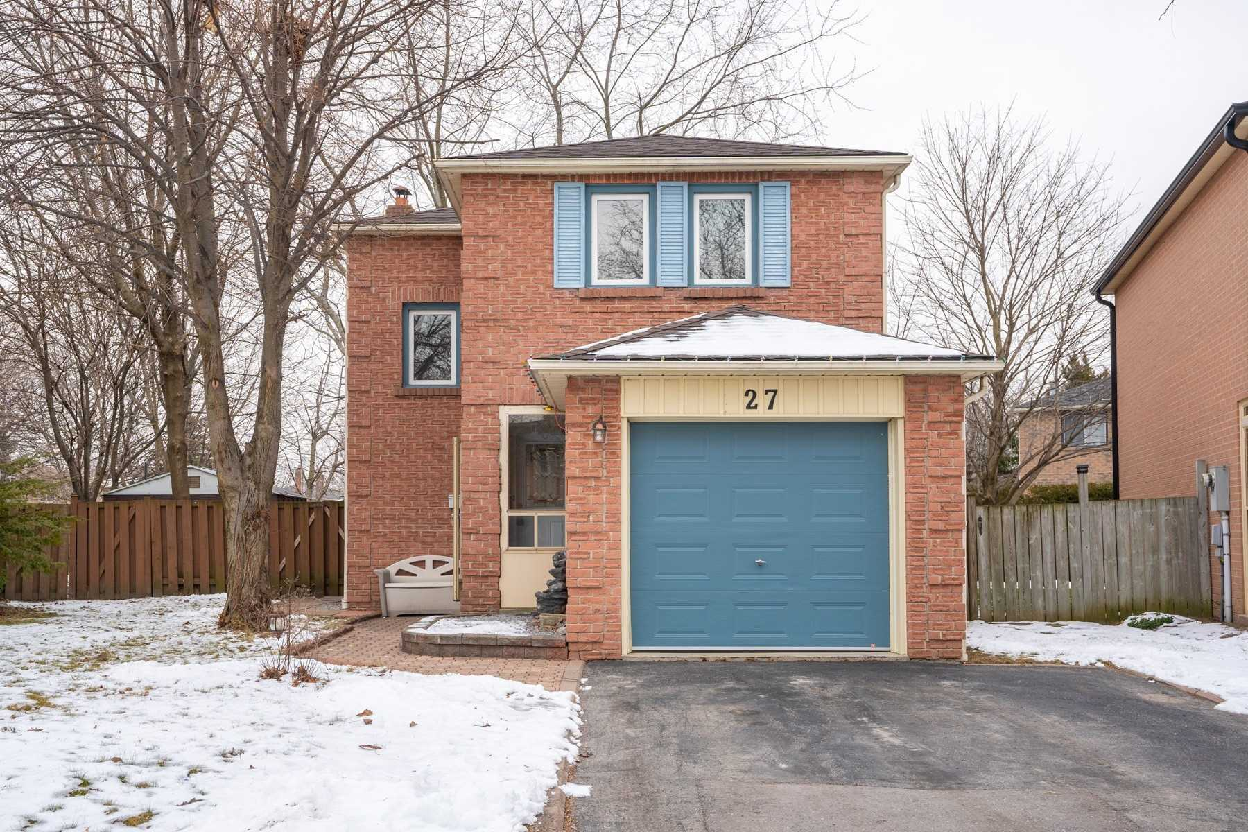 pictures of house for sale MLS: E5084055 located at 27 Barrett Cres, Ajax L1T2C8