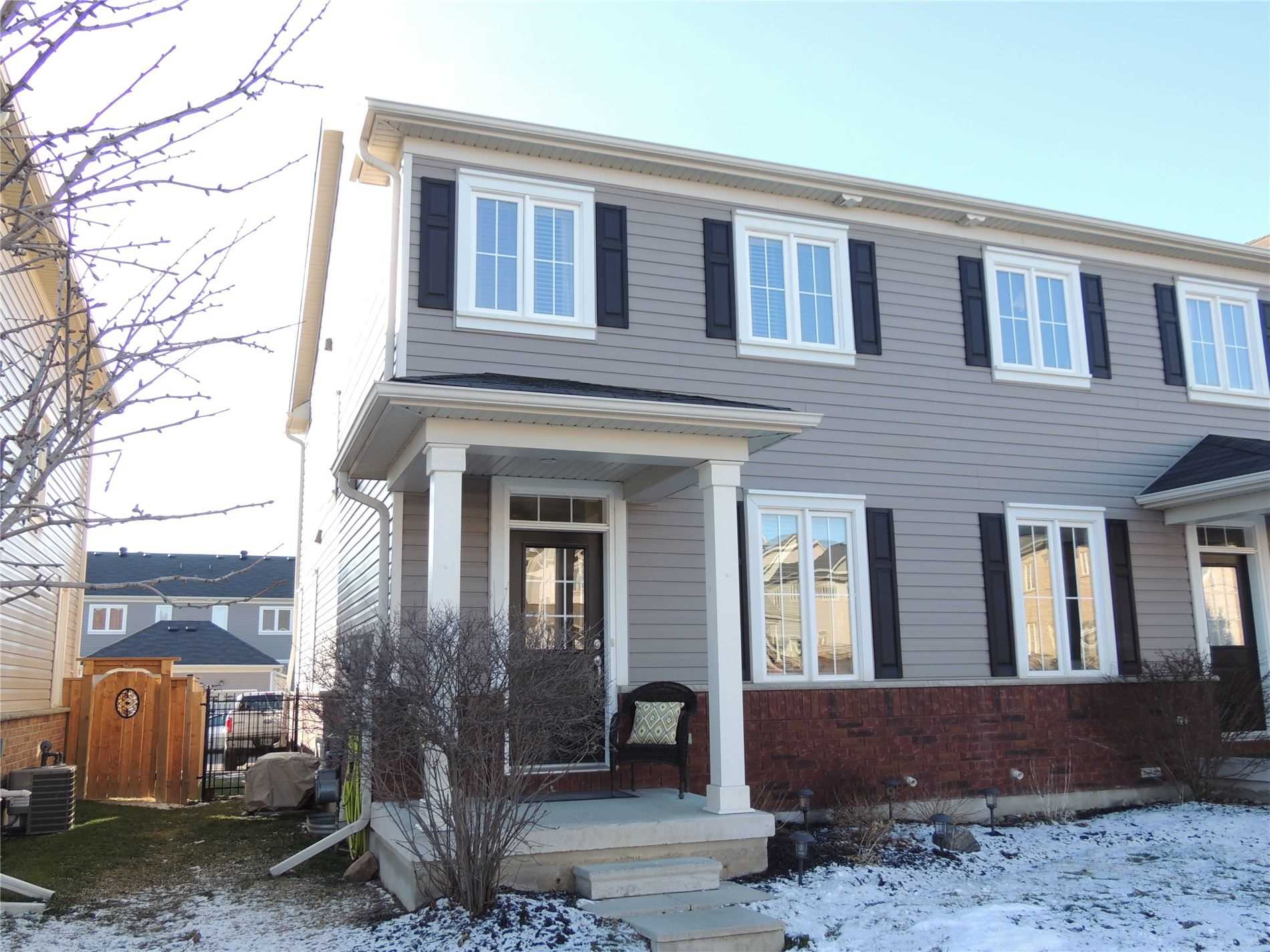 pictures of house for sale MLS: E5089652 located at 23 Ted Miller Cres, Clarington L1C0L8