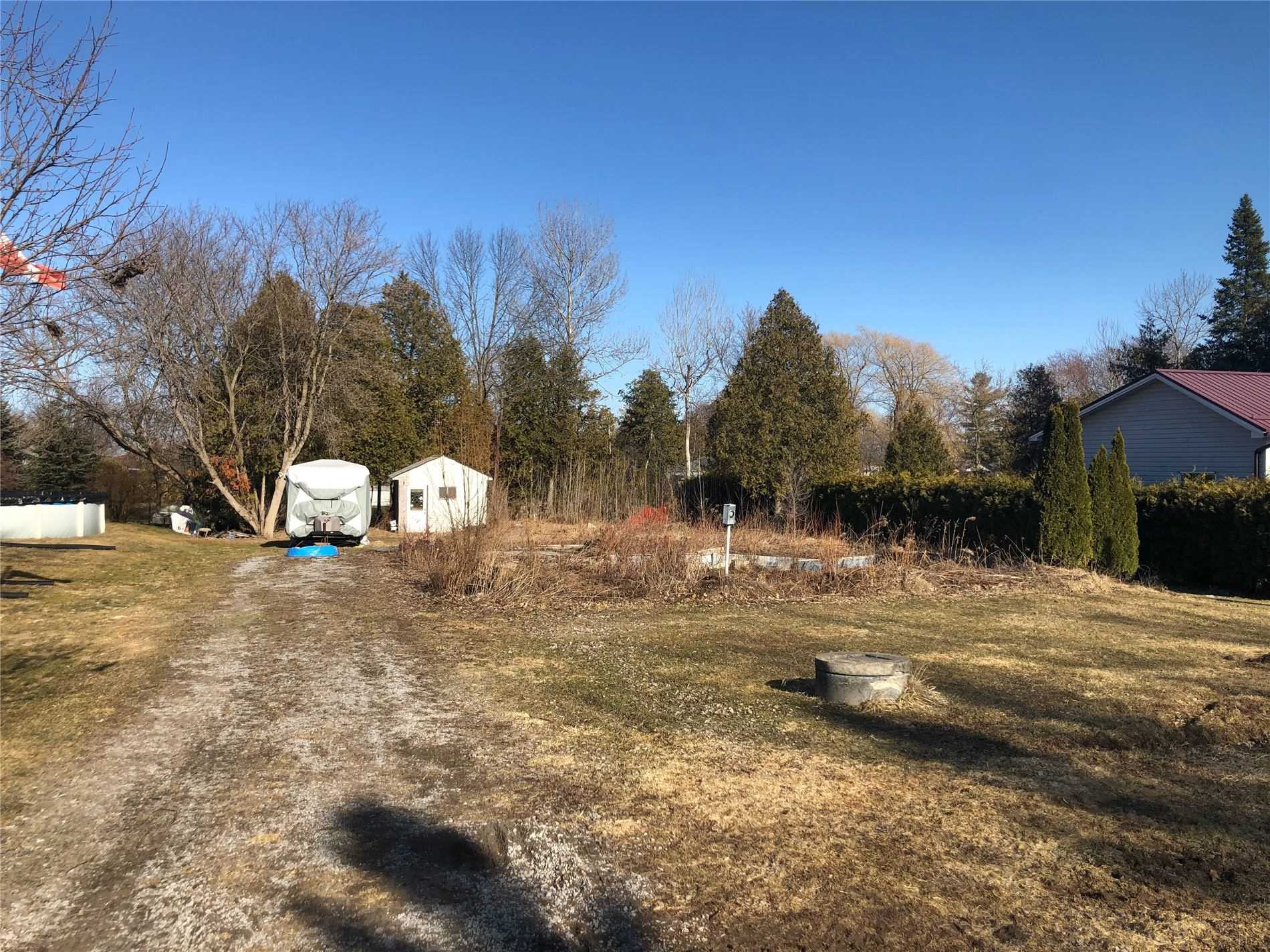 pictures of house for sale MLS: E5118690 located at 15 Davidge Dr, Scugog L9L1B6