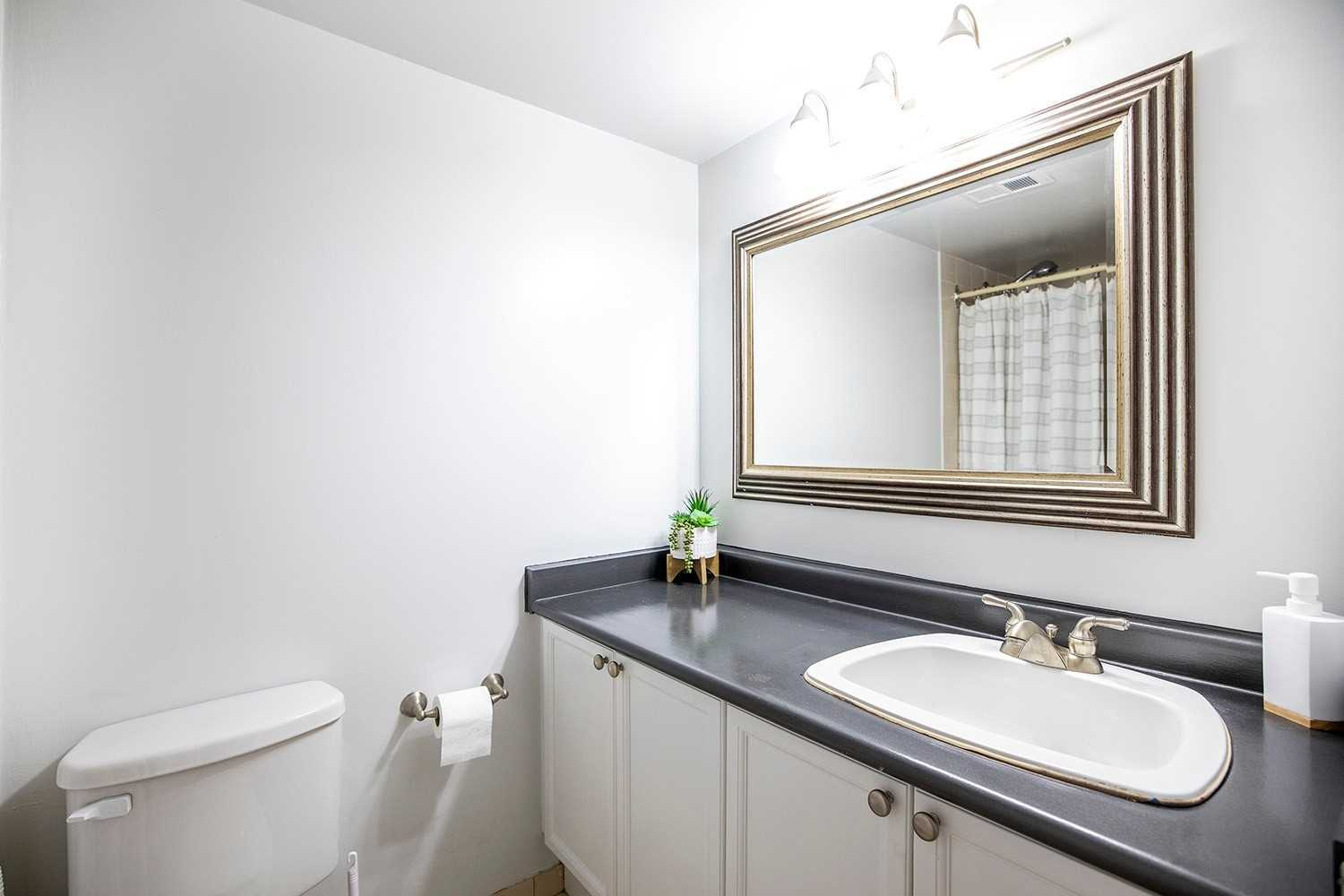 Image 7 of 20 showing inside of 2 Bedroom Condo Apt 2-Storey for Sale at 25 Cumberland Lane Unit# 112, Ajax L1S7K1