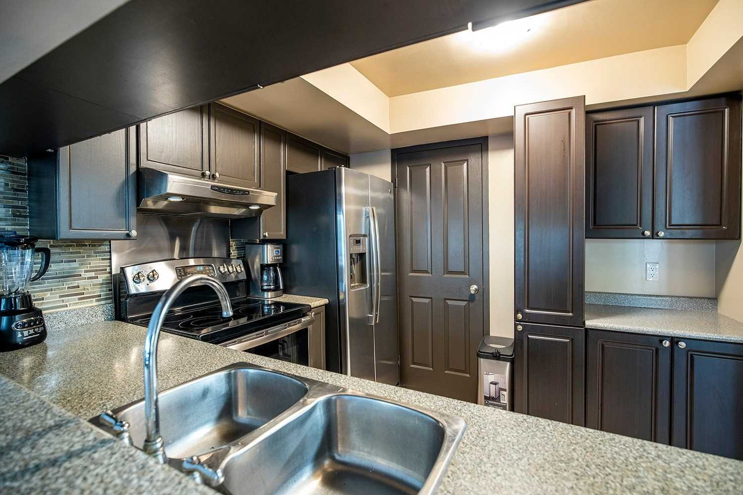 Image 16 of 20 showing inside of 2 Bedroom Condo Apt 2-Storey for Sale at 25 Cumberland Lane Unit# 112, Ajax L1S7K1