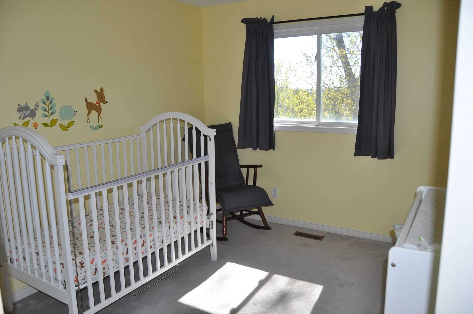 Image 2 of 12 showing inside of 3 Bedroom Condo Townhouse 2-Storey for Sale at 22 Macintyre Lane Unit# 11, Ajax L1T3X3