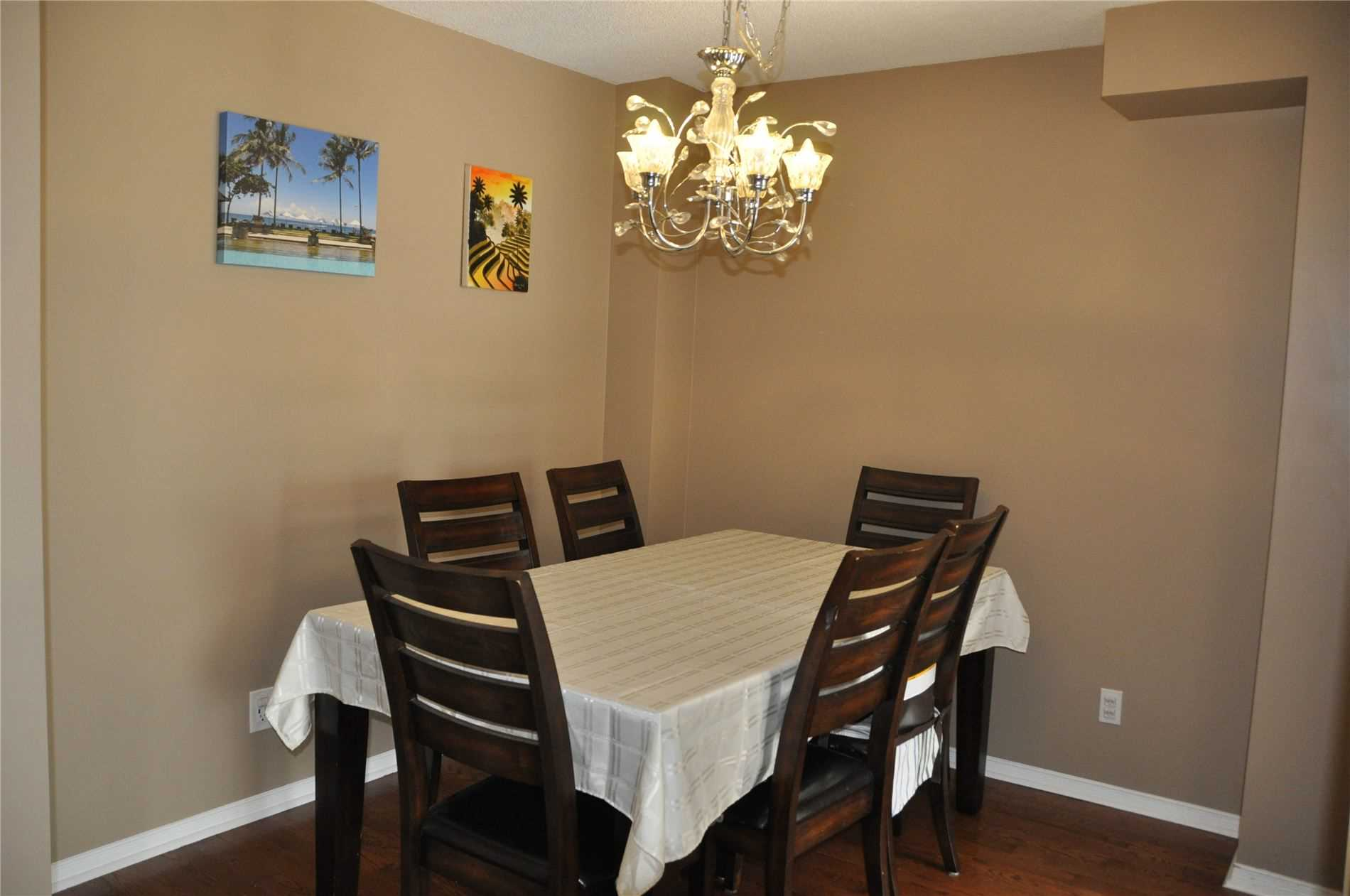 Image 7 of 12 showing inside of 3 Bedroom Condo Townhouse 2-Storey for Sale at 22 Macintyre Lane Unit# 11, Ajax L1T3X3