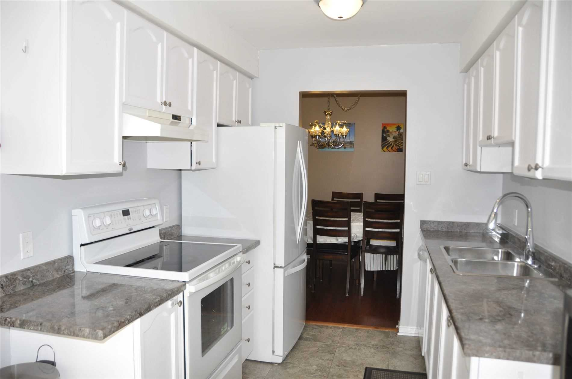 Image 8 of 12 showing inside of 3 Bedroom Condo Townhouse 2-Storey for Sale at 22 Macintyre Lane Unit# 11, Ajax L1T3X3