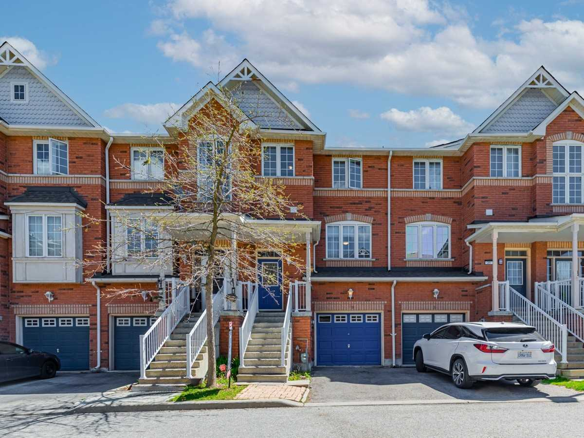 Image 10 of 22 showing inside of 3 Bedroom Condo Townhouse 2-Storey for Sale at 29 Annable Lane Unit# 29, Ajax L1S7S6