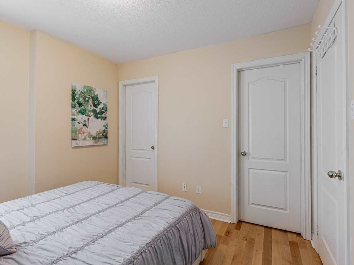 Image 20 of 22 showing inside of 3 Bedroom Condo Townhouse 2-Storey for Sale at 29 Annable Lane Unit# 29, Ajax L1S7S6