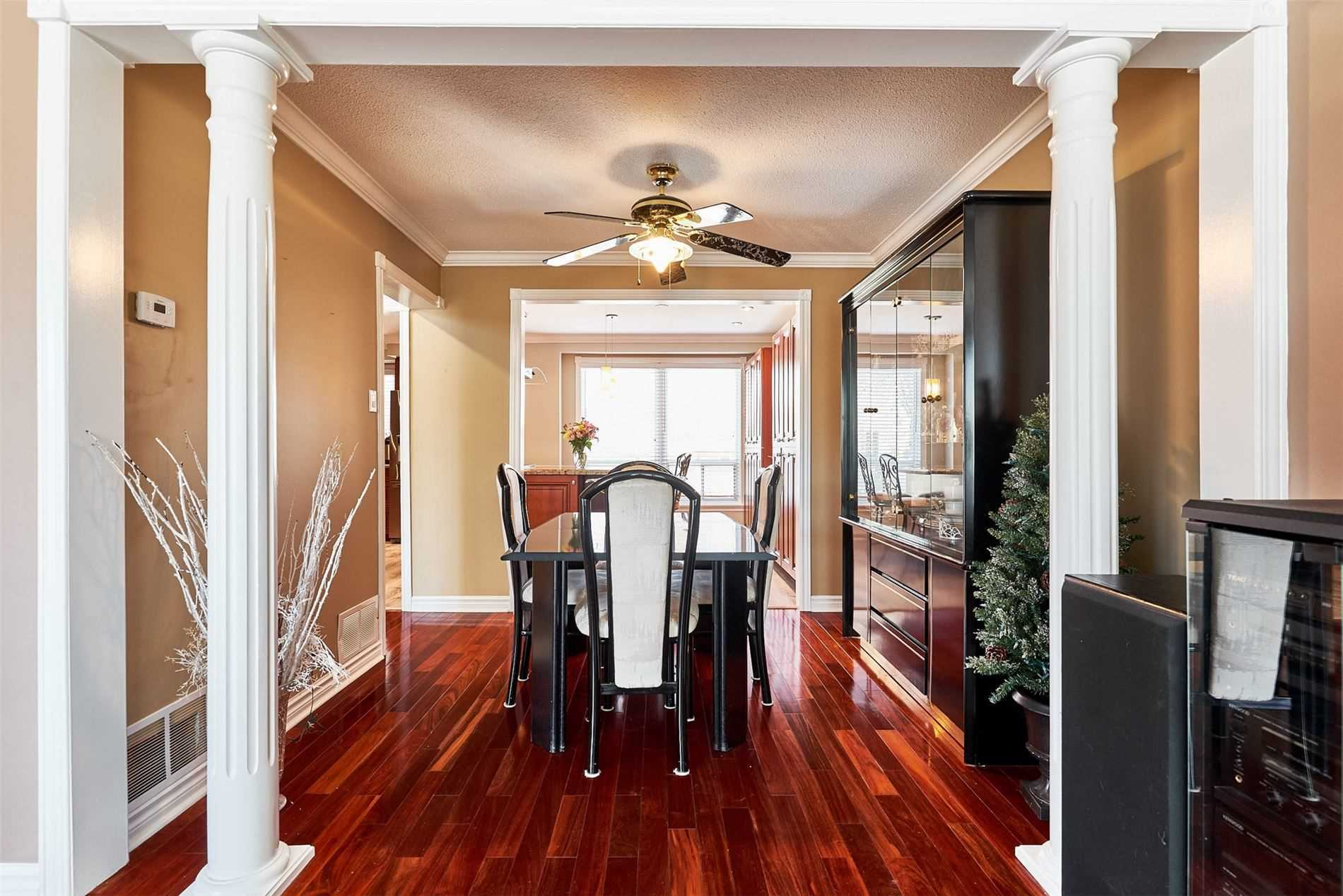 Image 31 of 33 showing inside of 3 Bedroom Condo Townhouse 2-Storey for Sale at 33 Clover Ridge Dr W Unit# 9, Ajax L1S3M5