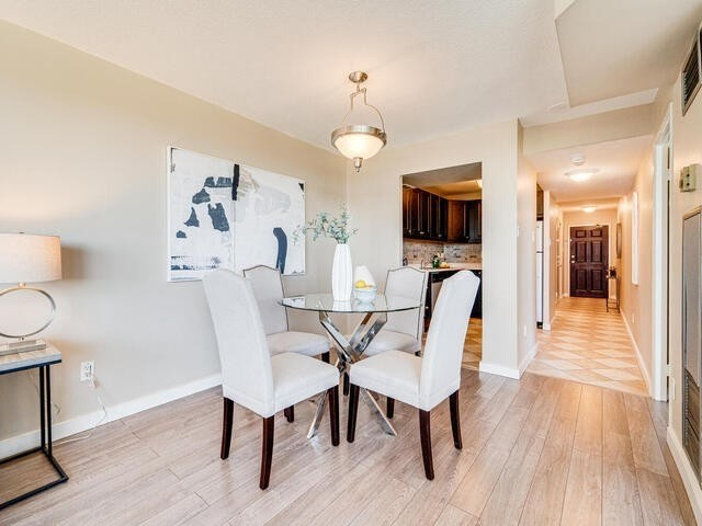 Image 3 of 25 showing inside of 2 Bedroom Condo Apt Apartment for Sale at 2 Westney Rd N Unit# 1203, Ajax L1T3H3