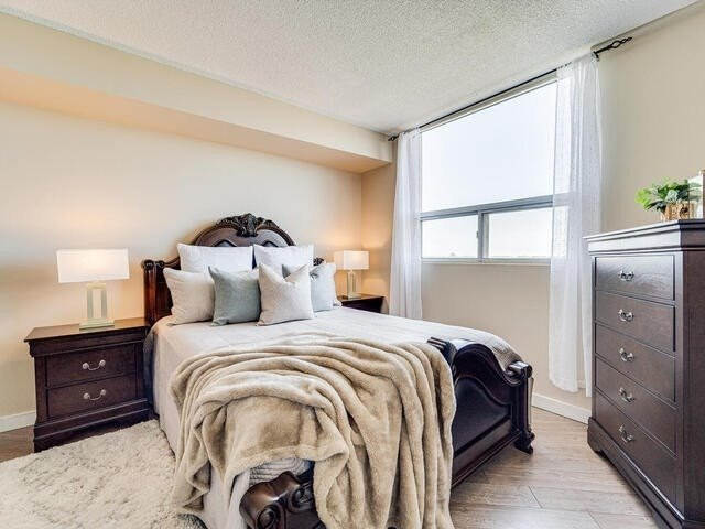 Image 9 of 25 showing inside of 2 Bedroom Condo Apt Apartment for Sale at 2 Westney Rd N Unit# 1203, Ajax L1T3H3