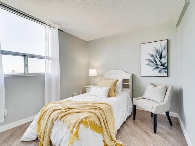 Image 11 of 25 showing inside of 2 Bedroom Condo Apt Apartment for Sale at 2 Westney Rd N Unit# 1203, Ajax L1T3H3