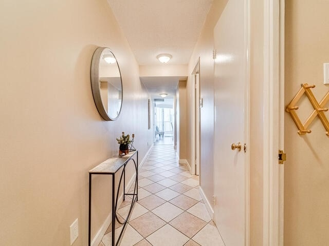 Image 22 of 25 showing inside of 2 Bedroom Condo Apt Apartment for Sale at 2 Westney Rd N Unit# 1203, Ajax L1T3H3