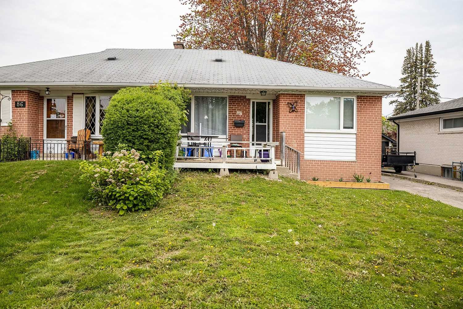 pictures of house for sale MLS: E5246680 located at 88 Tulloch Dr, Ajax L1S2S6