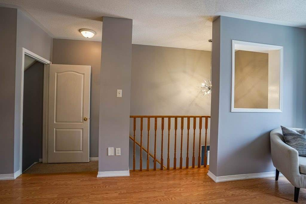 Image 19 of 25 showing inside of 3 Bedroom Condo Townhouse 3-Storey for Sale at 68 Oakins Lane W Unit# 34, Ajax L1T0H1