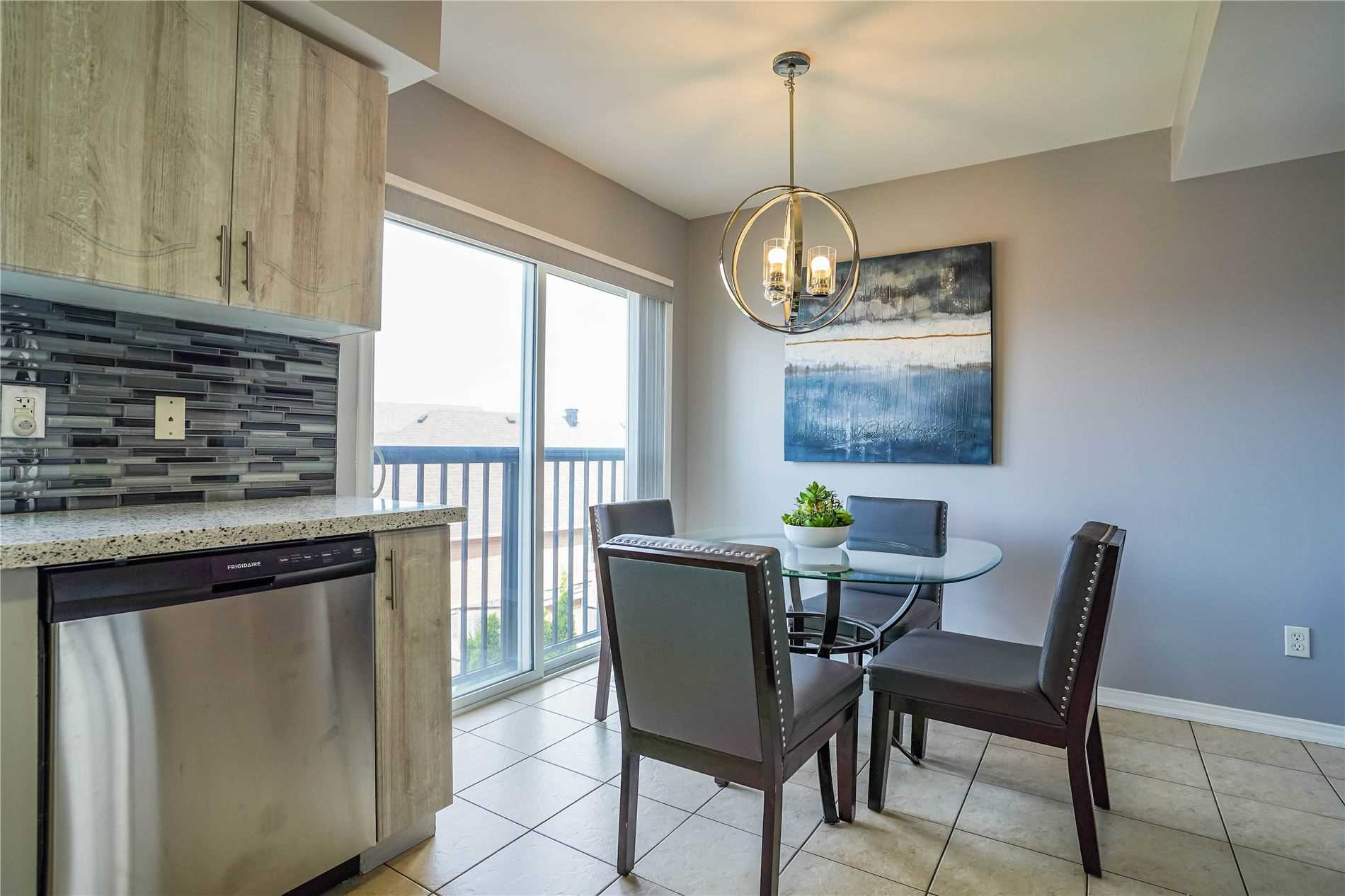 Image 22 of 25 showing inside of 3 Bedroom Condo Townhouse 3-Storey for Sale at 68 Oakins Lane W Unit# 34, Ajax L1T0H1