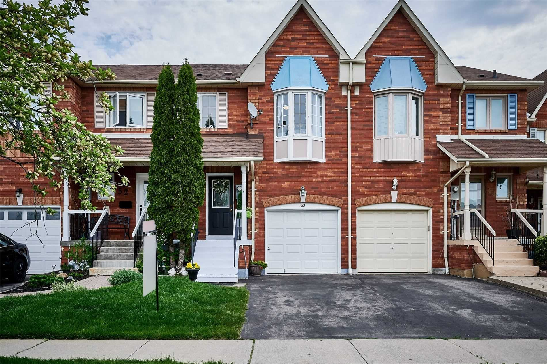 pictures of house for sale MLS: E5247239 located at 50 Lax Ave, Ajax L1Z1G7
