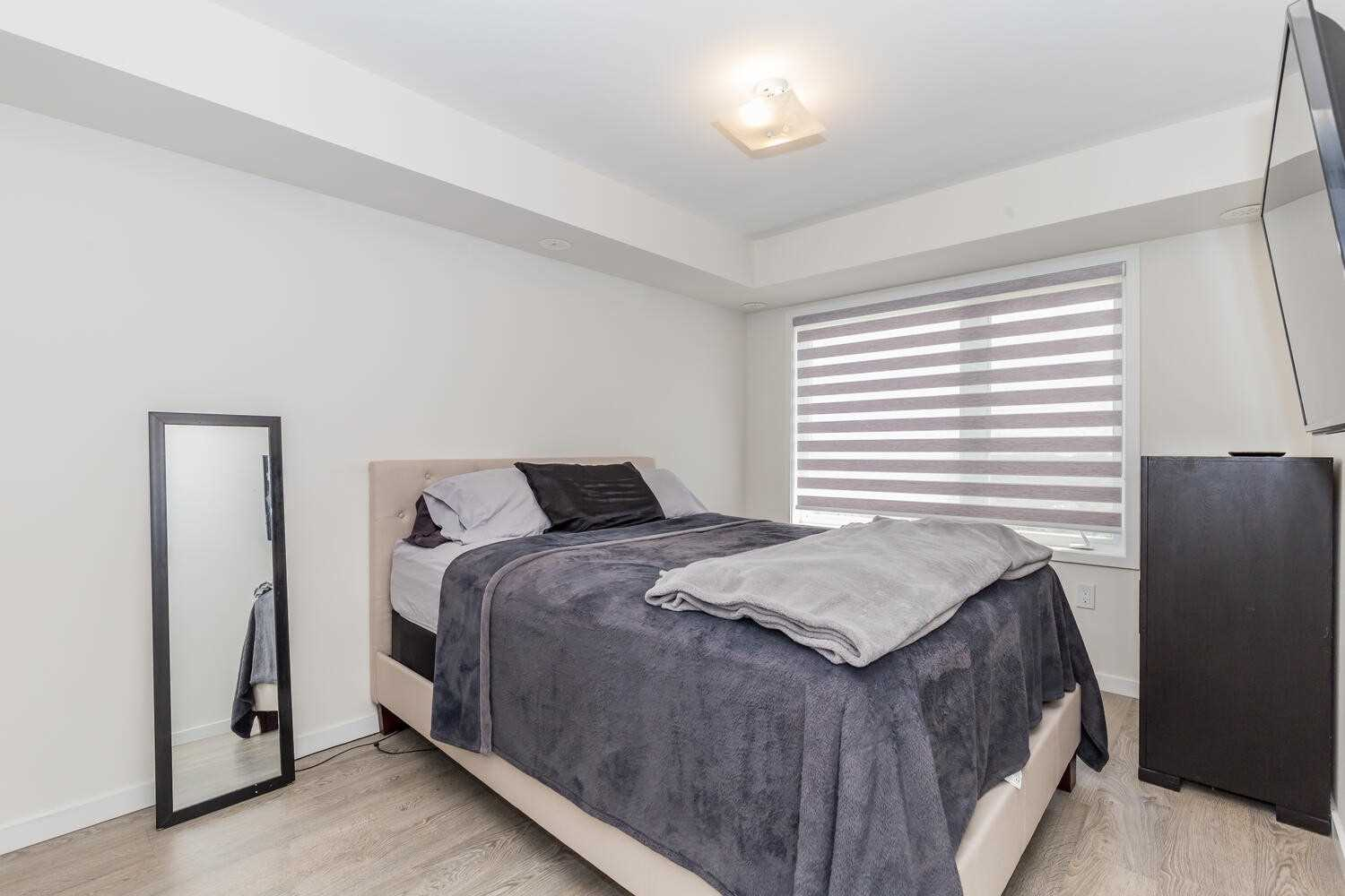 Image 3 of 17 showing inside of 2 Bedroom Condo Townhouse 2-Storey for Sale at 1711 Pure Springs Blvd Unit# 410, Pickering L1X0E3