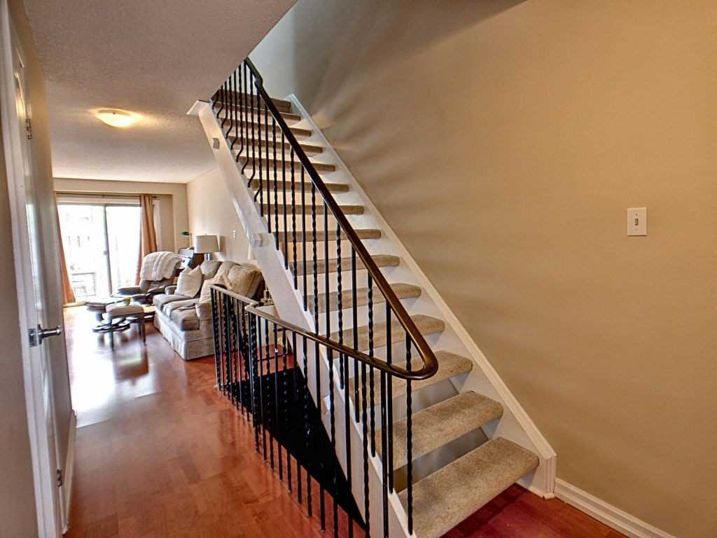 Image 3 of 23 showing inside of 3 Bedroom Condo Townhouse 2-Storey for Sale at 35 Robbie Cres Unit# 57, Ajax L1S3N1