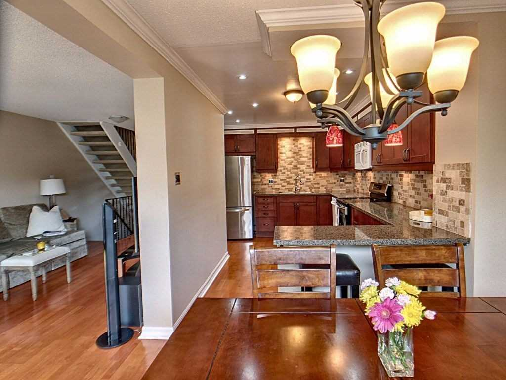 Image 20 of 23 showing inside of 3 Bedroom Condo Townhouse 2-Storey for Sale at 35 Robbie Cres Unit# 57, Ajax L1S3N1