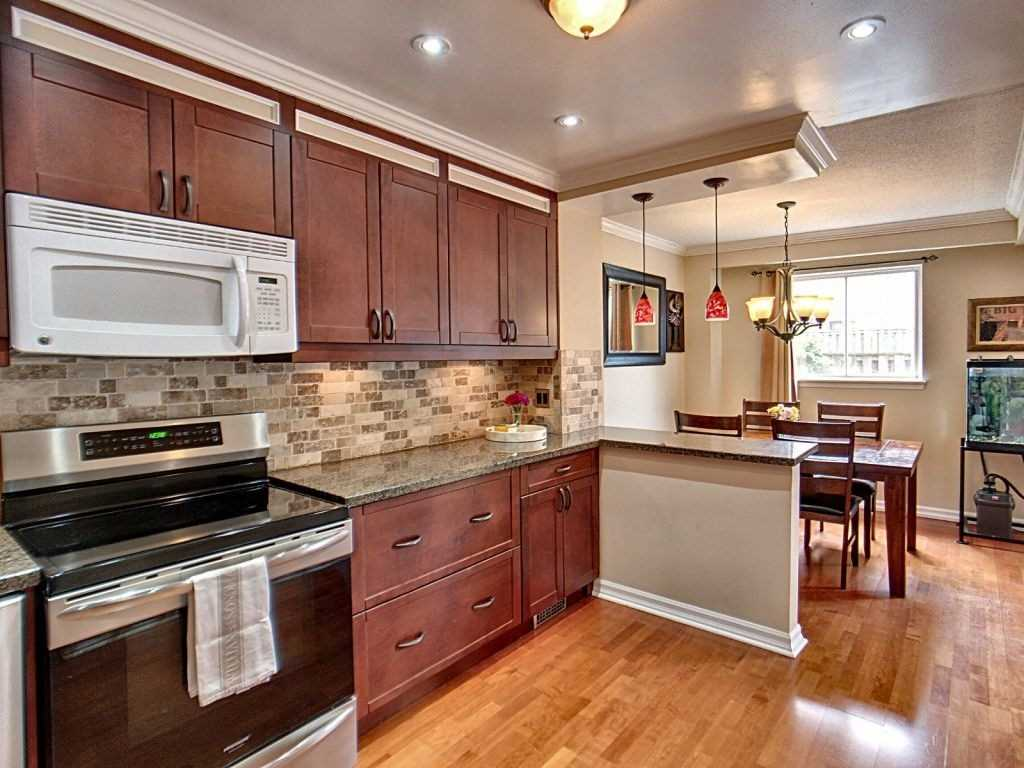 Image 23 of 23 showing inside of 3 Bedroom Condo Townhouse 2-Storey for Sale at 35 Robbie Cres Unit# 57, Ajax L1S3N1