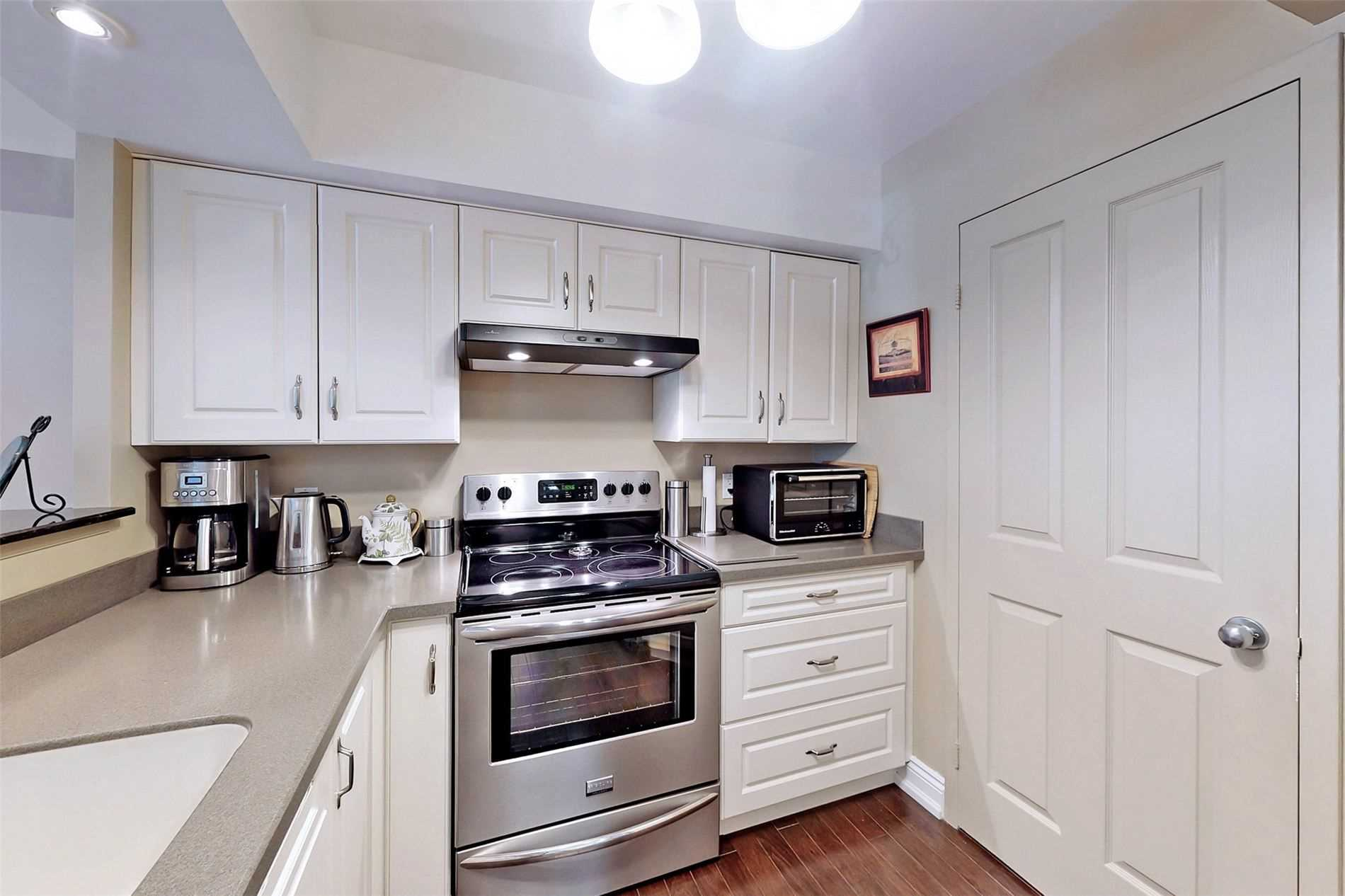 Image 5 of 40 showing inside of 2 Bedroom Condo Apt 2-Storey for Sale at 25 Cumberland Lane Unit# 105, Ajax L1S7K1