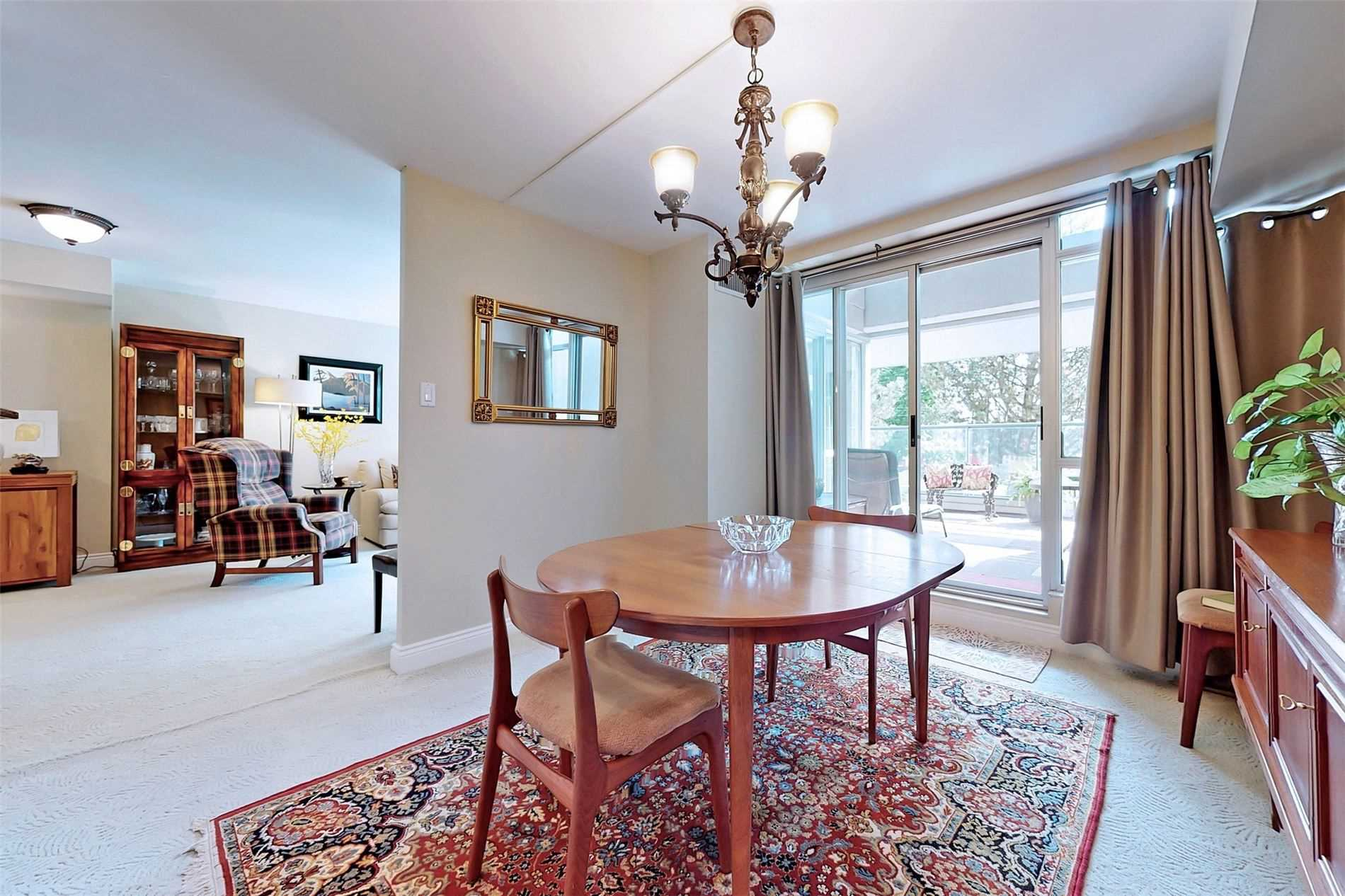 Image 7 of 40 showing inside of 2 Bedroom Condo Apt 2-Storey for Sale at 25 Cumberland Lane Unit# 105, Ajax L1S7K1