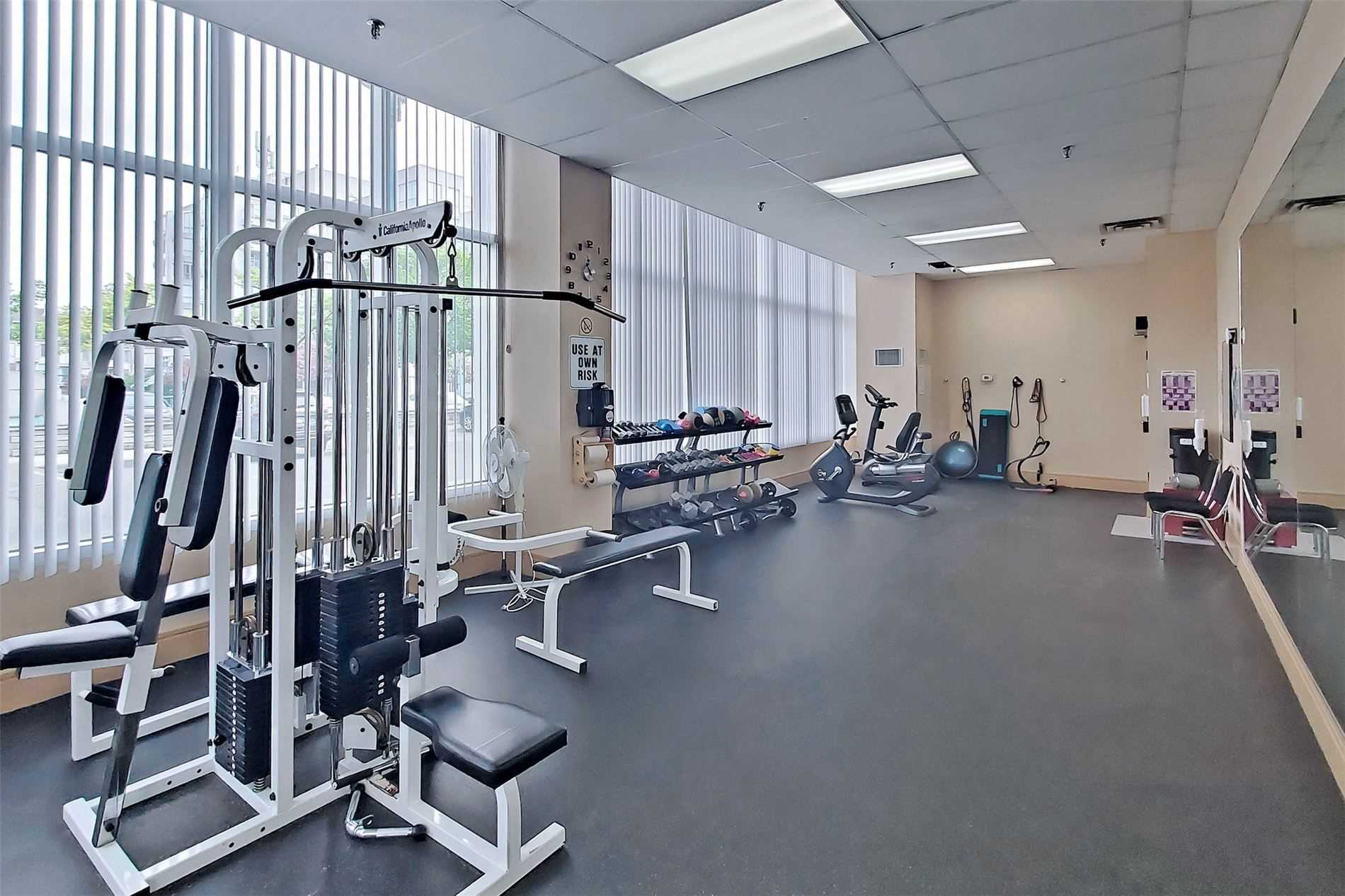Image 25 of 40 showing inside of 2 Bedroom Condo Apt 2-Storey for Sale at 25 Cumberland Lane Unit# 105, Ajax L1S7K1