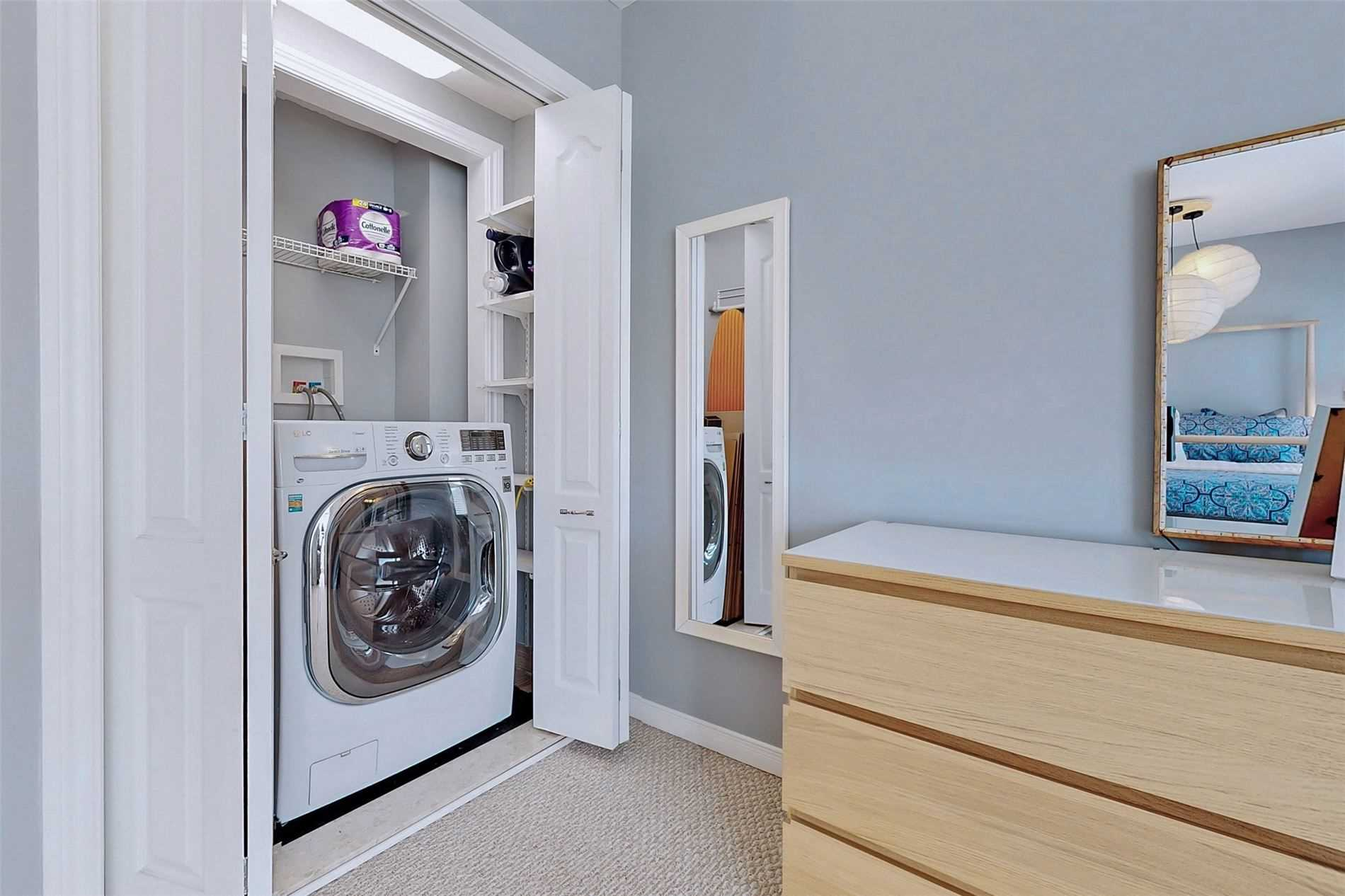 Image 25 of 40 showing inside of 3 Bedroom Condo Townhouse 3-Storey for Sale at 14 Cumberland Lane Unit# 7, Ajax L1S7K4
