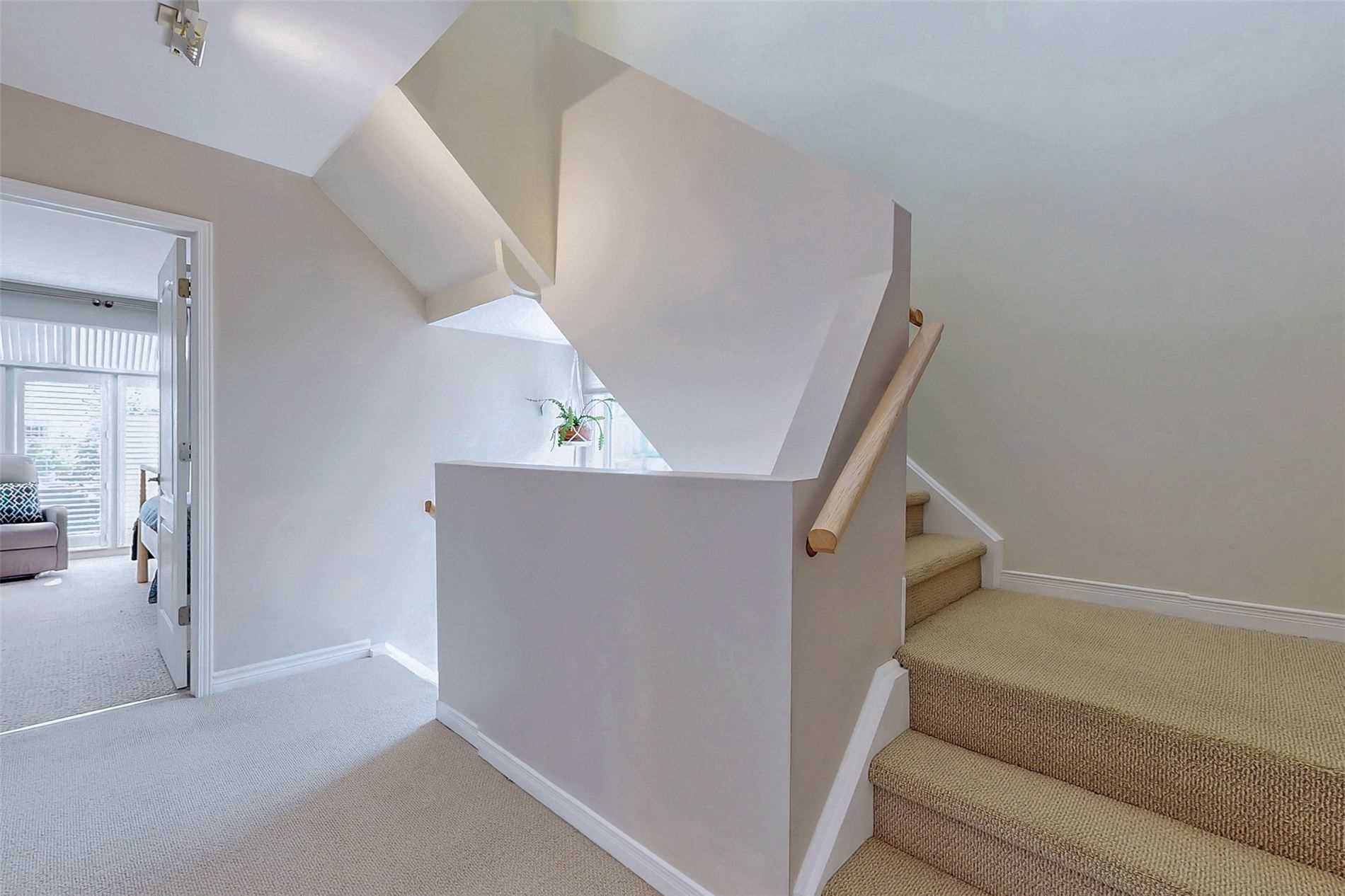 Image 30 of 40 showing inside of 3 Bedroom Condo Townhouse 3-Storey for Sale at 14 Cumberland Lane Unit# 7, Ajax L1S7K4