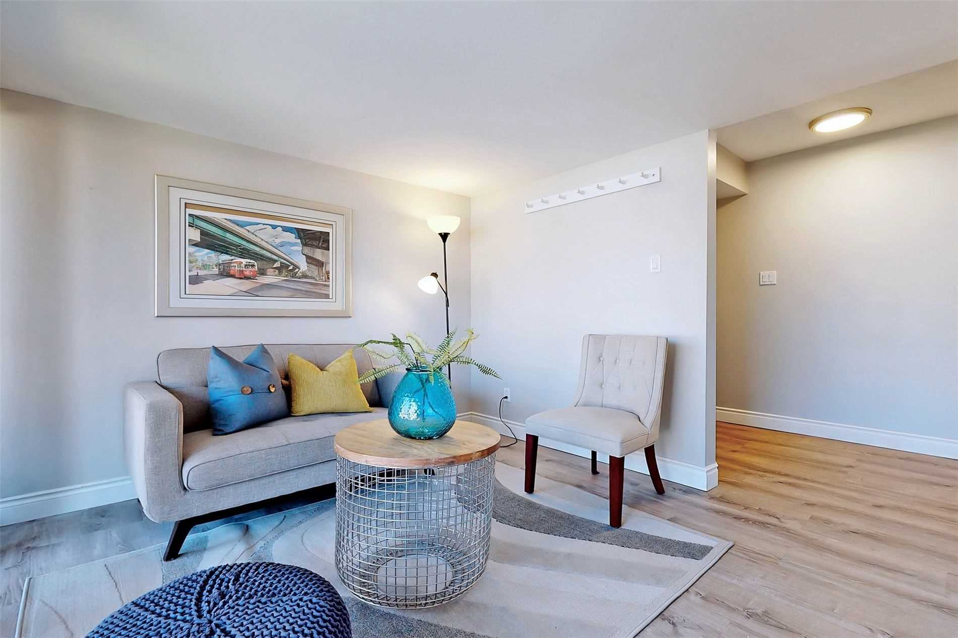 Image 36 of 40 showing inside of 3 Bedroom Condo Townhouse 3-Storey for Sale at 14 Cumberland Lane Unit# 7, Ajax L1S7K4