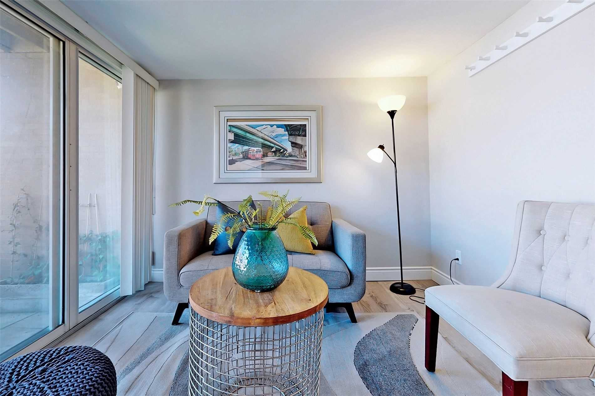 Image 37 of 40 showing inside of 3 Bedroom Condo Townhouse 3-Storey for Sale at 14 Cumberland Lane Unit# 7, Ajax L1S7K4