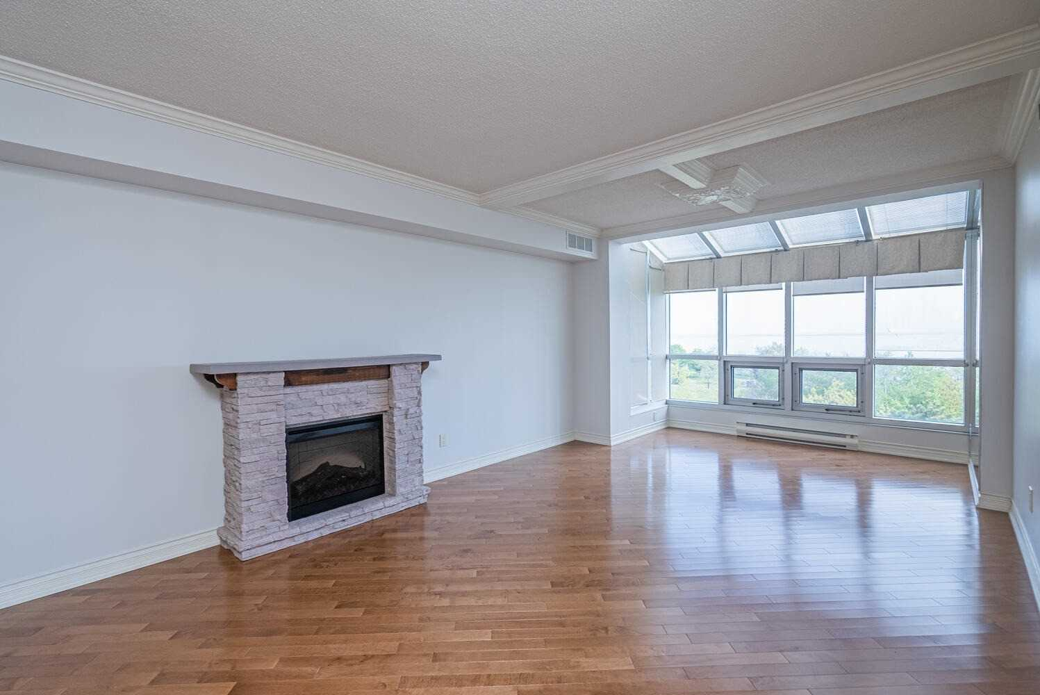 Image 7 of 38 showing inside of 2 Bedroom Condo Apt Apartment for Sale at 70 Cumberland Lane Unit# 503, Ajax L1S7K4