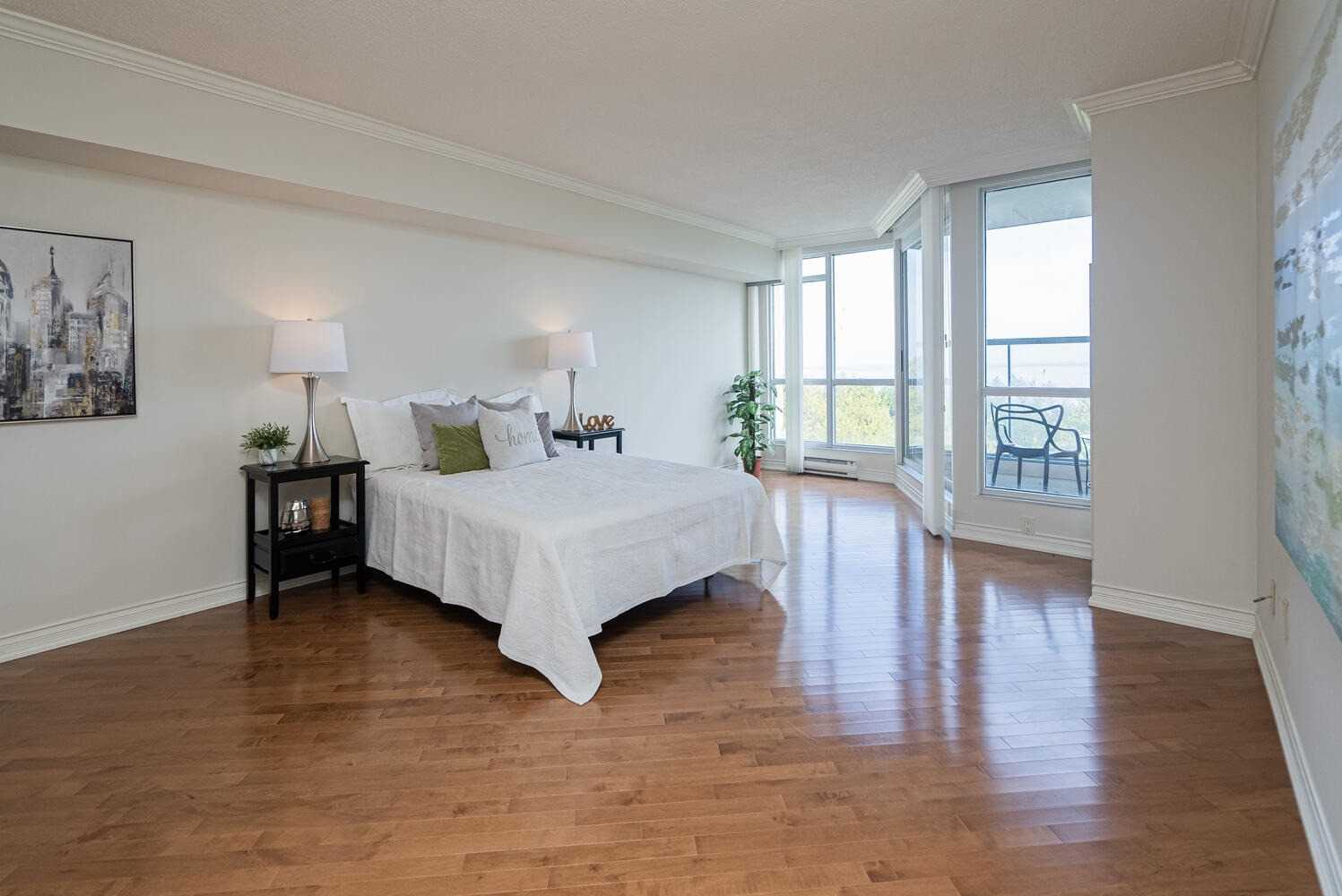 Image 9 of 38 showing inside of 2 Bedroom Condo Apt Apartment for Sale at 70 Cumberland Lane Unit# 503, Ajax L1S7K4