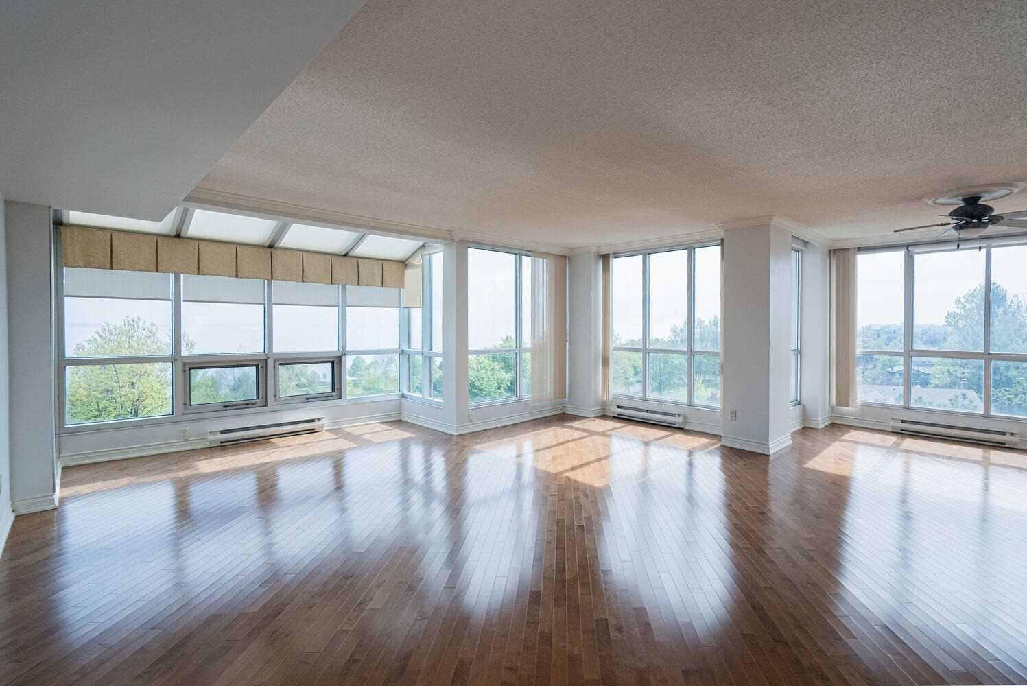Image 34 of 38 showing inside of 2 Bedroom Condo Apt Apartment for Sale at 70 Cumberland Lane Unit# 503, Ajax L1S7K4