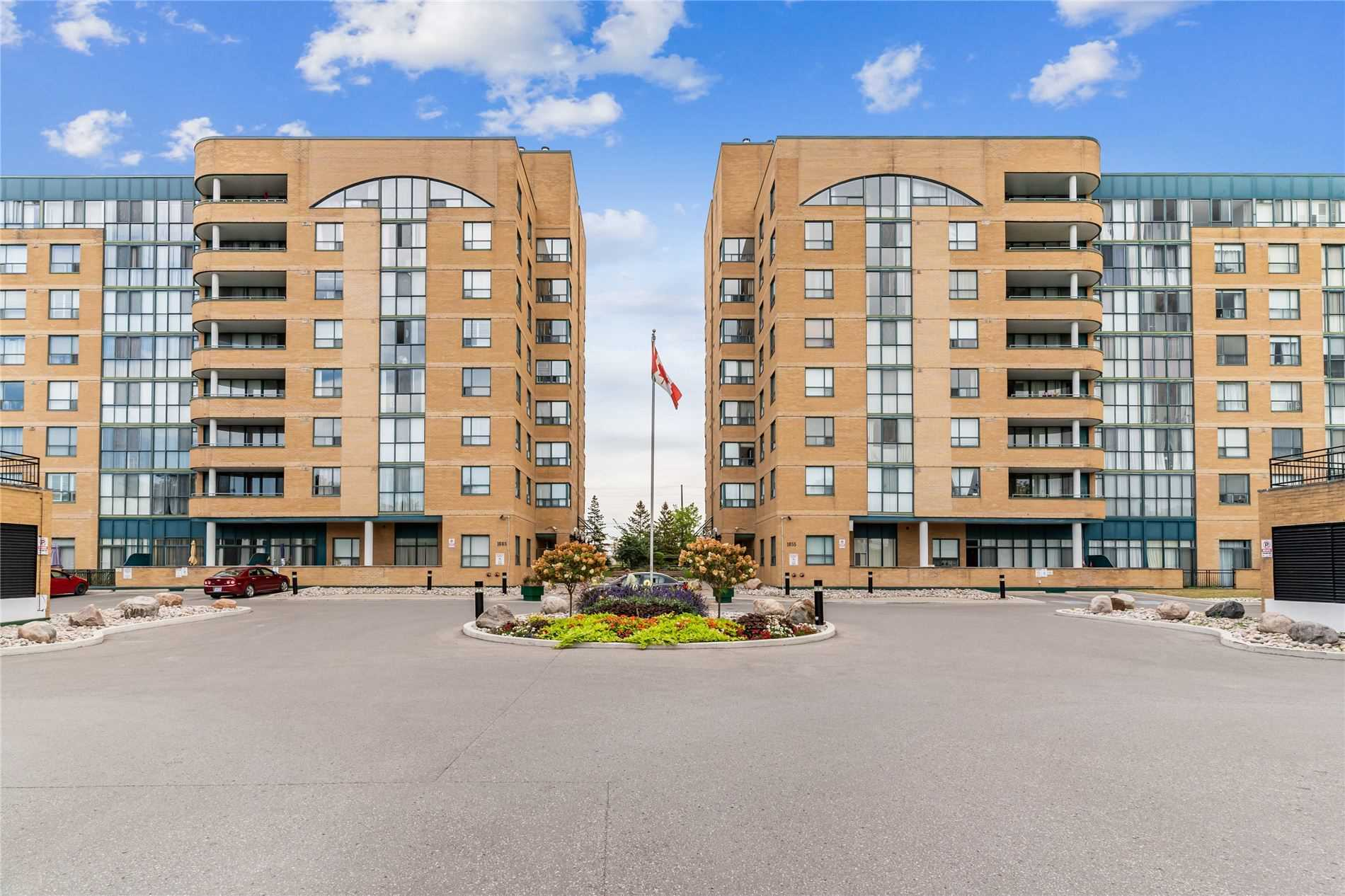 pictures of 1665 Pickering Pkwy, Pickering L1V6L4