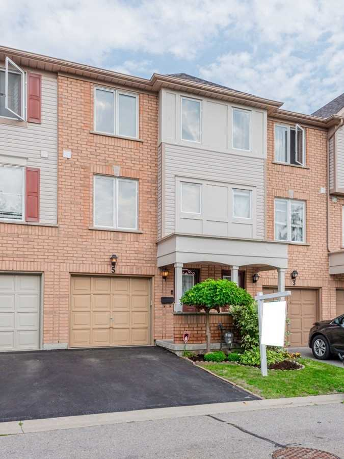 Image 1 of 19 showing inside of 2 Bedroom Condo Townhouse 2-Storey for Sale at 5 Pennefather Lane Unit# 56, Ajax L1T4H2