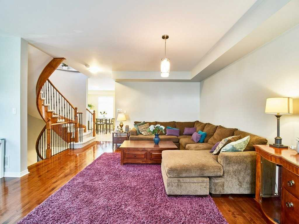 Image 16 of 40 showing inside of 4 Bedroom Condo Townhouse 3-Storey for Sale at 1701 Finch Ave E Unit# 74, Pickering L1V0B7