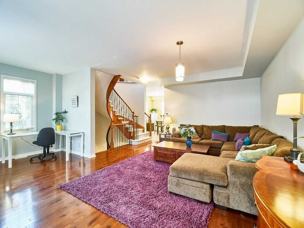 Image 17 of 40 showing inside of 4 Bedroom Condo Townhouse 3-Storey for Sale at 1701 Finch Ave E Unit# 74, Pickering L1V0B7