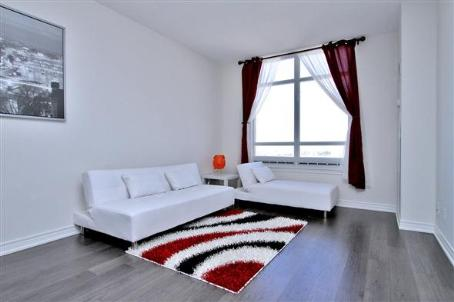 Image 2 of 2 showing inside of 1 Bedroom Condo Apt Apartment for Sale at 9245 Jane St Unit# 1603, Vaughan L6A0J9