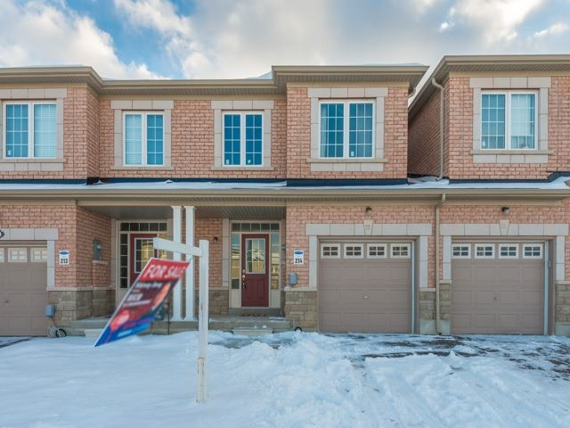 pictures of 77 Walter Sinclair Crt, Richmond Hill L4E0X2