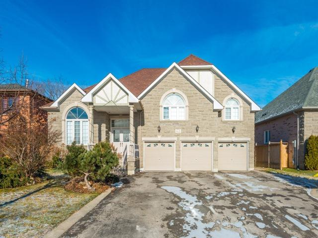 pictures of 62 Canterbury Crt, Richmond Hill L4C8E8